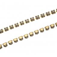 Catena di perle, non swarovski, base in metallo colore ottone, colore perla WHITE